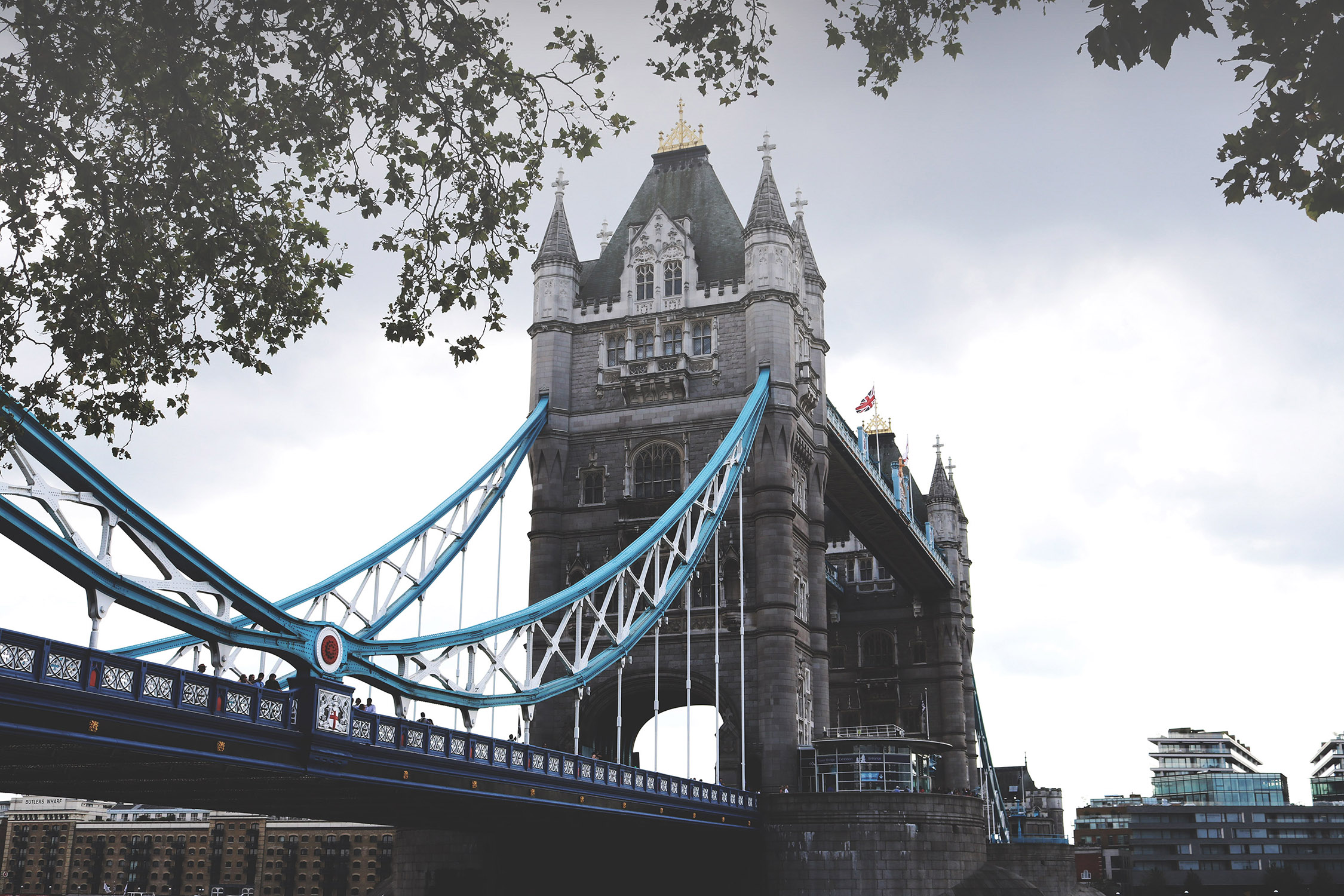 TOWER BRIDGE – ST PAUL'S CATHEDRAL